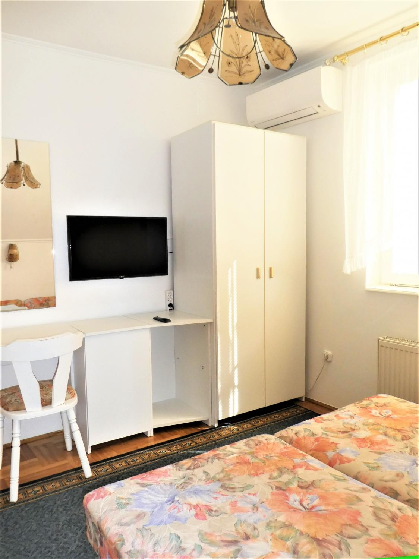 Veronika Apartman